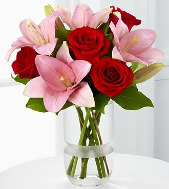 The 2011 FTD® Expressions of Love™ Bouquet