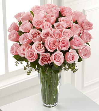 The FTD® Grand Pink Rose Bouquet