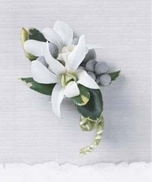 The FTD® Pure Heaven™ Boutonniere
